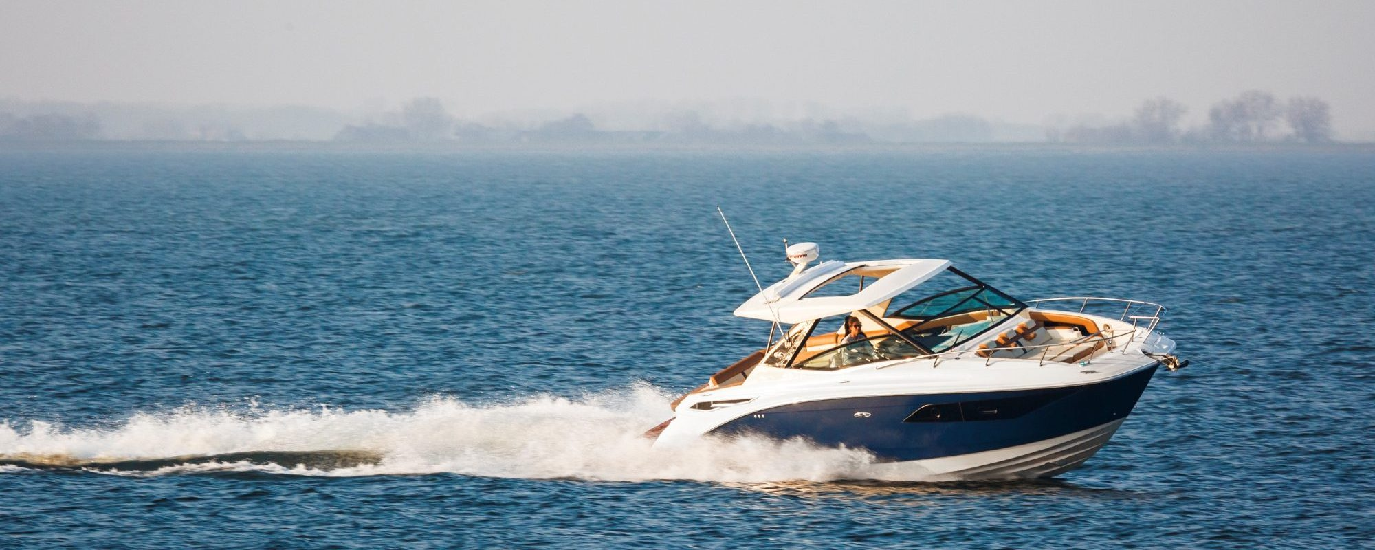 Sea Ray 320 Sundancer, used power boats for sale in florida